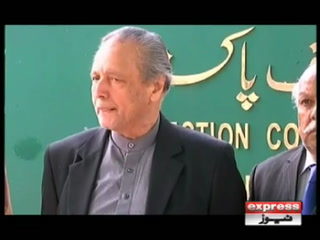 چیف الیکشن کمشنر نے جسٹس (ر) وجیہہ الدین کو چیمبر سے باہر نکال دیا