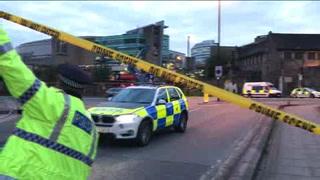 Suman 22 muertos por atentado en Manchester