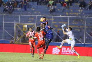 Rubilio Castillo, a un paso de superar a Amado Guevara tras su gol ante Vida