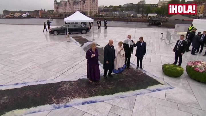 Don Juan Carlos y doña Sofía, de cumpleaños \'royal\'  días antes de sus bodas de esmeralda