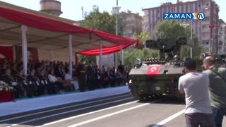 Diyarbakır'da 3 yıl sonra tanklı, füzeli ve TOMA'lı tören