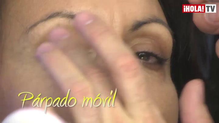 Maquillaje profesional paso a paso: entramos en una sesión de fotos con la modelo Helena Barquilla