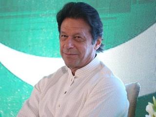 عمران خان وزیراعظم منتخب، عہدے کا حلف آج اٹھائیں گے