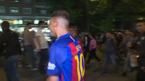 Un doblete de Messi contra Real Madrid pone líder al Barcelona