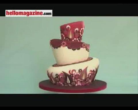 Lindy Smith shows how to make wonky wedding cakes