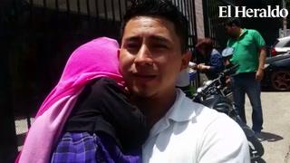 Padre camina con su hija enferma en calles capitalinas
