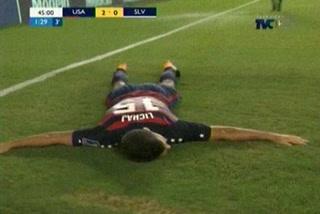 Estados Unidos derrota 2 - 0 a El Salvador y clasifica a la semifinal de la Copa Oro