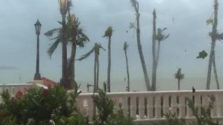 R. Dominicana espera al huracán María bajo alerta máxima