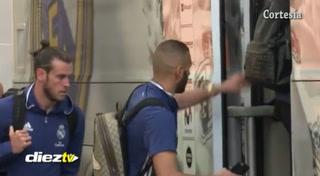 El Real Madrid tardo 10 minutos en cerrar las puertas de su autobús
