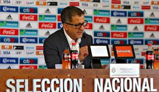 Prensa mexicana piden la cabeza de Juan Carlos Osorio