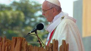 Papa dedica misa en Temuco a víctimas de dictadura de Pinochet