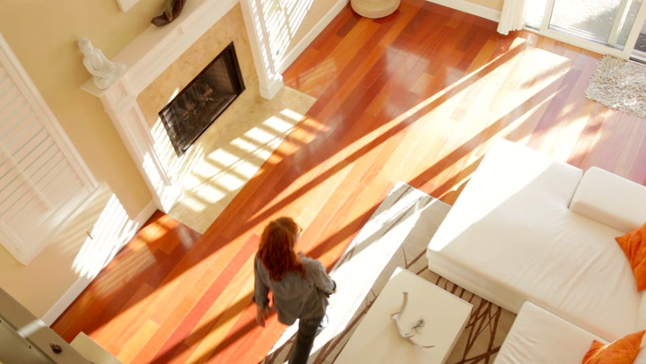 4 Ridiculously Easy Ways to Dazzle Buyers as Soon as They Walk In the Door