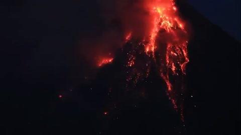 Esperan erupción