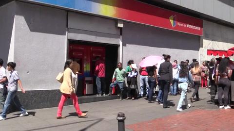 Aumento salarial y nuevo billete: Venezuela teme más inflación