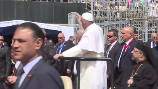 Papa defendió en Egipto la caridad contra el extremismo