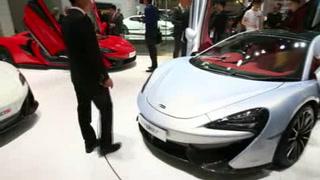 Autos de lujo y eléctricos protagonizan el Salón de Pekín
