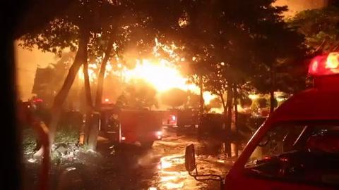 Incendio destruye histórico hotel en Yangon