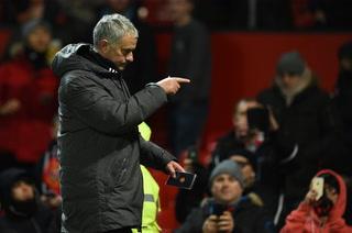 Anthony Martial falla frente a la portería... Mourinho no lo puede creer