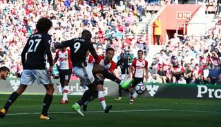 Manchester United venció 1-0 a Southampton, Romelu Lukaku anotó el tanto de la victoria