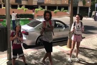 El baile callejero y pegadizo de Marcelo por las calles de Madrid
