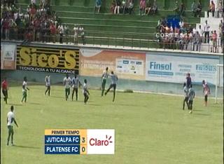 Juticalpa aplasta al Platense 3 - 1 en la primera mitad