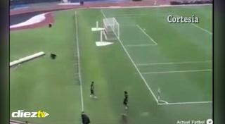 Neymar demuestra su calidad en el entrenamiento de Brasil y se lleva la ovación del los hinchas
