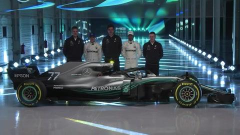 Ferrari y Mercedes presentan sus monoplazas para el 2018