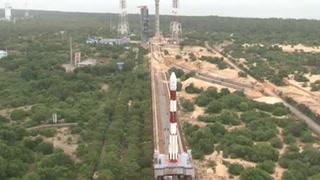India lanza 20 satélites en un solo cohete