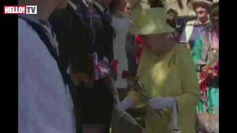 Spectacular garden party held for Queen in Oman