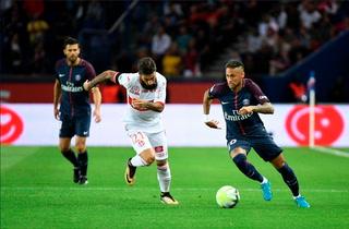 PSG ganando 2 - 1 ante el Toulouse en el primer tiempo