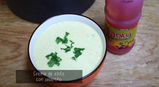 Prepara una deliciosa crema de elote con jalapeño