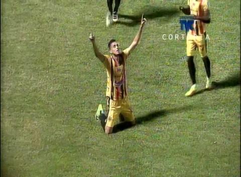 Real España derrota al Juticalpa FC en el Morazán de SPS