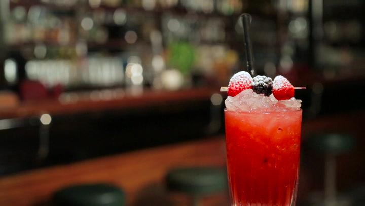 \'Pink Coco\': el cóctel sin alcohol al que ya ha sucumbido Natalie Portman