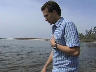 Marine biologist works to restore oyster reefs