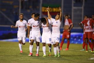Oimpia logra una sufrida victoria 2-1 ante la Real Sociedad