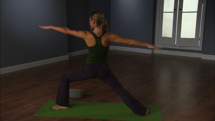 Yoga in 10 - Warrior Flow