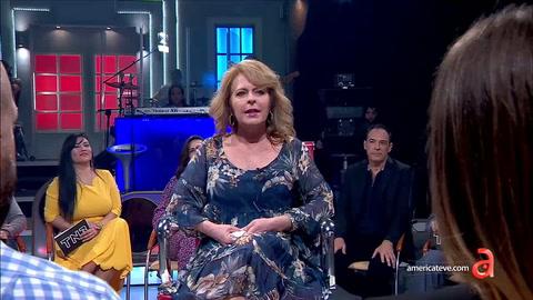EN VIVO con Dianelys Brito: Dianelys revela que tuvo que vender croquetas para sobrevivir en Cuba