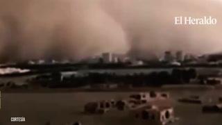 Una gran tormenta de arena se 'traga' a una ciudad iraní