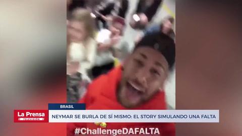 Neymar se burla de sí mismo: el story simulando una falta