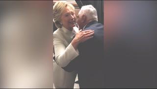 Hillary Clinton conoce a Vicente Fernández