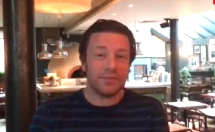 Jamie Oliver shares his Christmas wishes with HELLO!