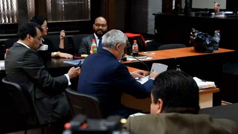 Expresidente guatemalteco Pérez desacredita cargos de corrupción