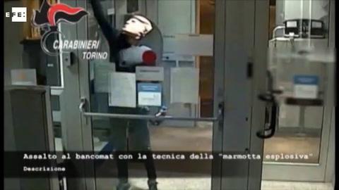 Detenidos dos ´Donald Trump´ ladrones de bancos