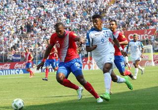 Honduras se complica en eliminatoria tras empatar 1-1 contra Costa Rica