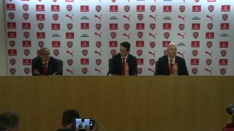 Unai Emery es presentado como nuevo entrenador del Arsenal