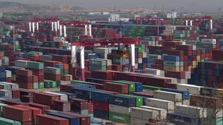 Trump planea más aranceles, Pekín denuncia