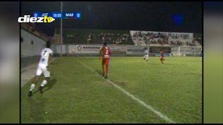 El peor saque de banda en Honduras y que el árbitro validó en el Juticalpa-Marathón