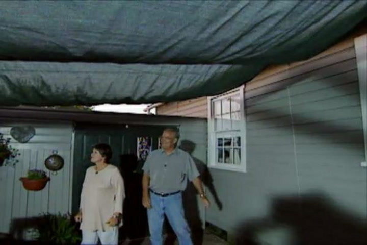 How to build a retractable awning diy projects videos solutioingenieria Choice Image