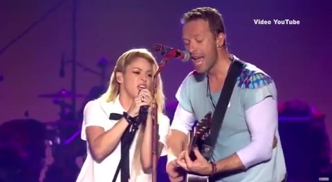 Shakira y Chris Martin de ''Coldplay'' interpretan ''Me Enamoré''