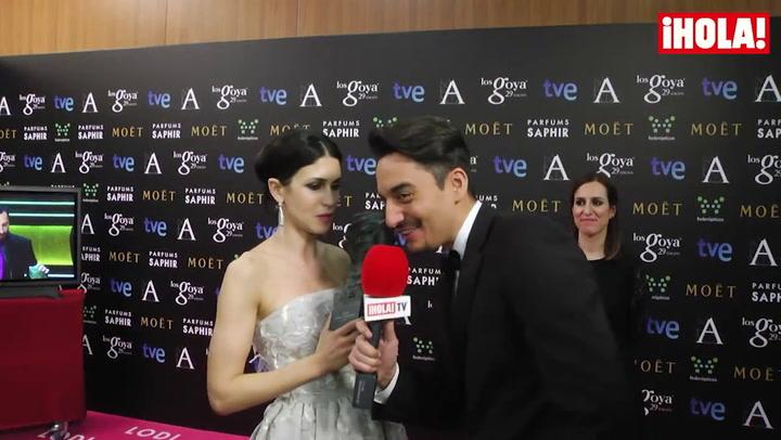 Nerea Barros no puede contener la emoción tras recibir su premio: \'A la mejor persona que puedo dar el Goya es a Juan Ibáñez, el amor de mi vida\'